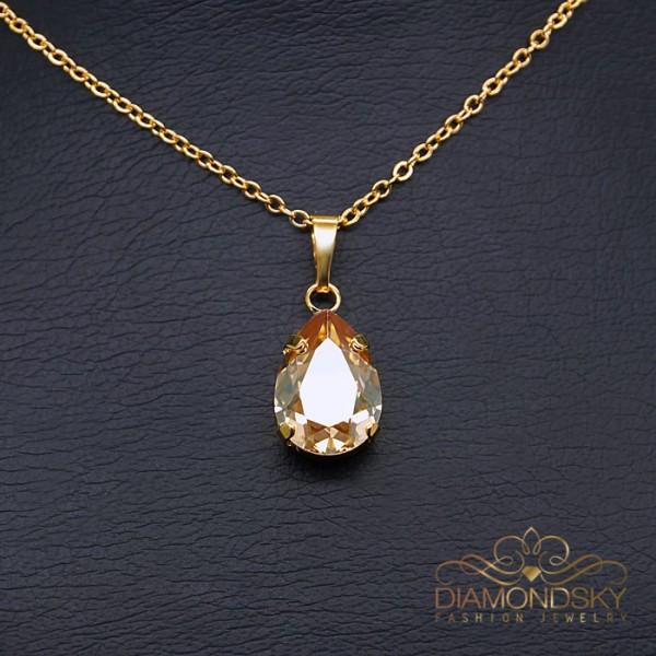 "Kulons ""Venēra II (Golden Shadow)"" ar Swarovski™ kristāliem"