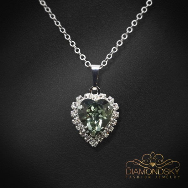 "Kulons ""Okeāna sirds (Black Diamond)"" ar Swarovski™ kristāliem"