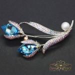 """Broša """"Mīlas Zieds II (Aquamarine Blue)"""" ar Swarovski™ kristāliem"""