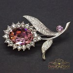 """Broša """"Saulespuķe II (Antique Pink)"""" ar Swarovski™ kristāliem"""