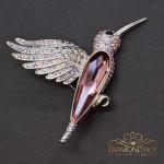 """Broša """"Kolibri (Antique Pink)"""" ar Swarovski™ kristāliem"""