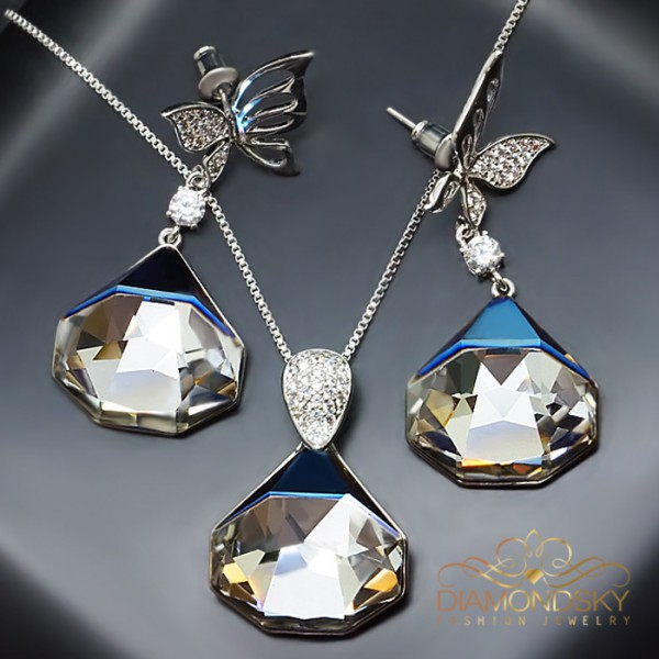 "Komplekts ""Fiesta (Bermuda Metallic Blue)"" ar Swarovski™ kristāliem"
