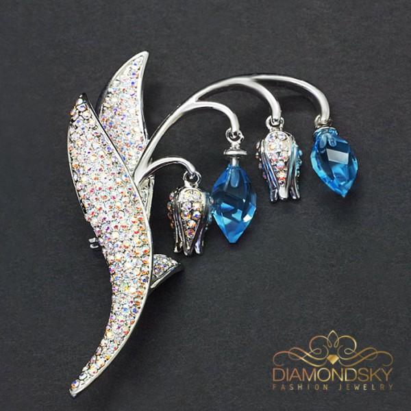 """Broša """"Maijpuķīte (Aquamarine Blue)"""" ar Swarovski™ kristāliem"""