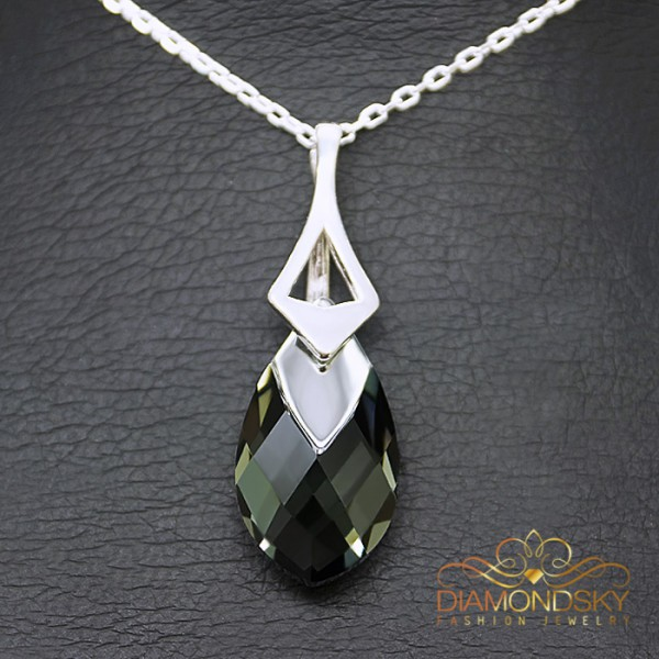 "Sudraba kulons ""Baroka II (Black Diamond Light Chrome)"" ar Swarovski™ kristāliem"