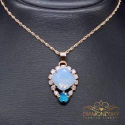 """Kulons """"Dīva II (Air Blue Opal)"""" ar Swarovski™ kristāliem"""