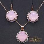 """Komplekts """"Apžilbinošs Spīdums III (Rose Water Opal)"""" ar Swarovski™ kristāliem"""