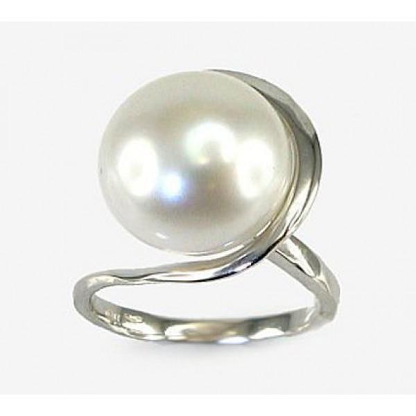 "Zelta gredzens ar pērlēm ""Galoss XVI"" no 585 proves baltā zelta"